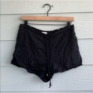 Flowy Urban Outfitters shorts | size S
